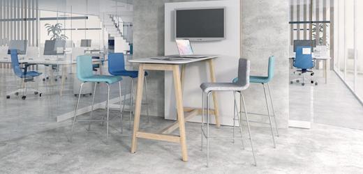 Cat - Hoge tafels